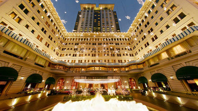 Treat your friends and family to a memorable Christmas meal at Hong Kong's top luxury hotels.