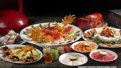 The Diamond Dragon set menu at West Lake Garden is as lavish and it as auspicious.