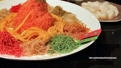 These yee sang are set to impress as much as bring good luck in the Year of the Dragon. We're fans of Lai Ching Yuen's version that uses scallops and strawberry sauce put the prosperity into this variation.