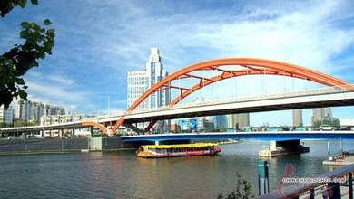 Another way to check Tianjin out would be the Haihe River Cruise, which meanders along the Haihe River, passing several landmarks.