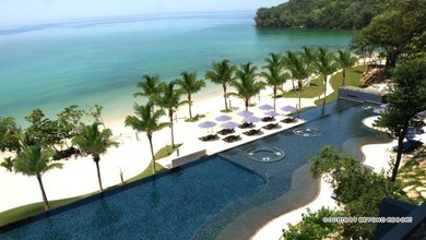 Beyond Resort Krabi is designed around romancing nature and the beach, representing closeness with nature's own perfect provision.