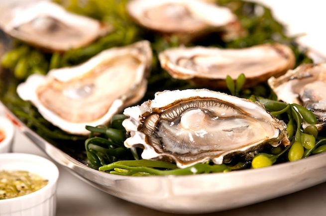 Guide to Choosing and Eating Oysters - LifestyleAsia Hong Kong