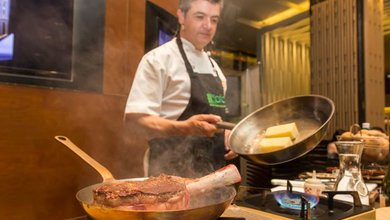 Celebrity chef Sean Connolly cooks up a storm at Pan Pacific Orchard, Singapore
